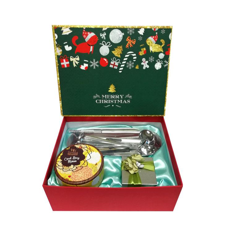 圣诞礼盒套装 珊瑚莓含羞草香薰蜡烛